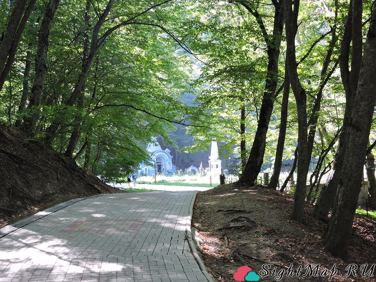 Целебный парк в городе-курорте Горячий Ключ