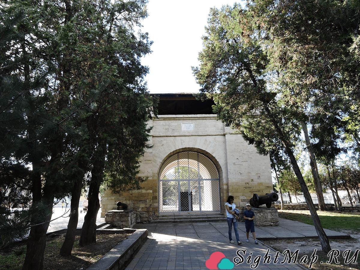 Памятник «Русские ворота»